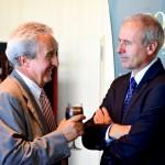 Sr. Francesc Busquets, Director d'IberMapei, i Sr. Robert Navarro